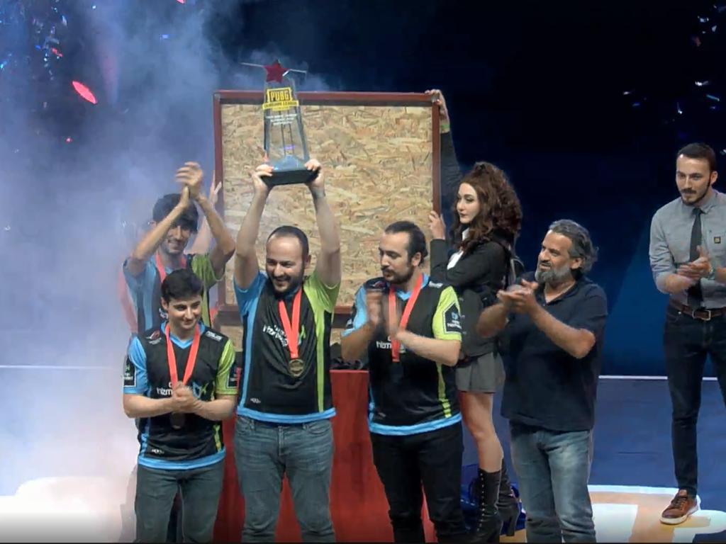 PUBG Türkiye Ligi'nde Şampiyon 'Oyun Hizmetleri' Takımı